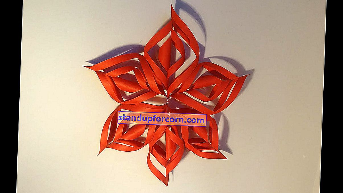 Kağıttan basit Noel ağacı süsleri nasıl yapılır